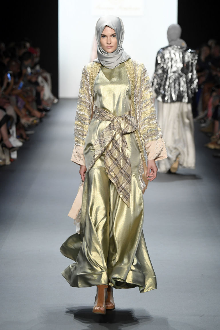 Islamic-fashion-week-look-2