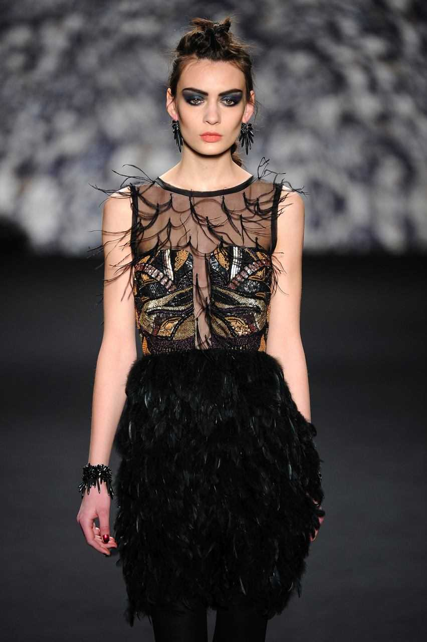 Wedding gothic dresses: edgy and mysterious